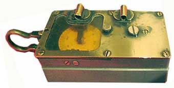PLa Boussole ancienne bakélite déclinatoire militaire  géomètre Secrétan No 2
